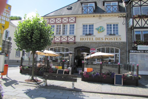 Charming hotel in houffalize hotel des postes for Charming hotels