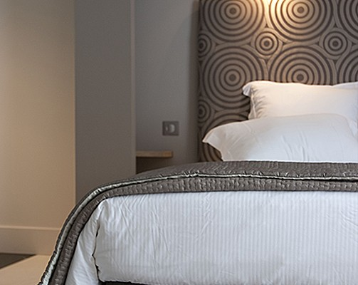 chambres d 39 h tes montpellier chambre d 39 hote montpellier. Black Bedroom Furniture Sets. Home Design Ideas