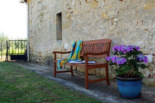 Chambres d 39 h tes les salles de castillon bleu raisin for Chambre d hotes saint emilion