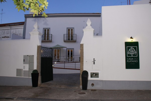 Charming hotel in arraiolos casa do pl tano for Charming hotels